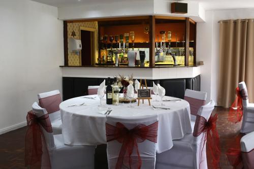 Ariel Lounge